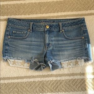 American eagle jean shorts with star pockets